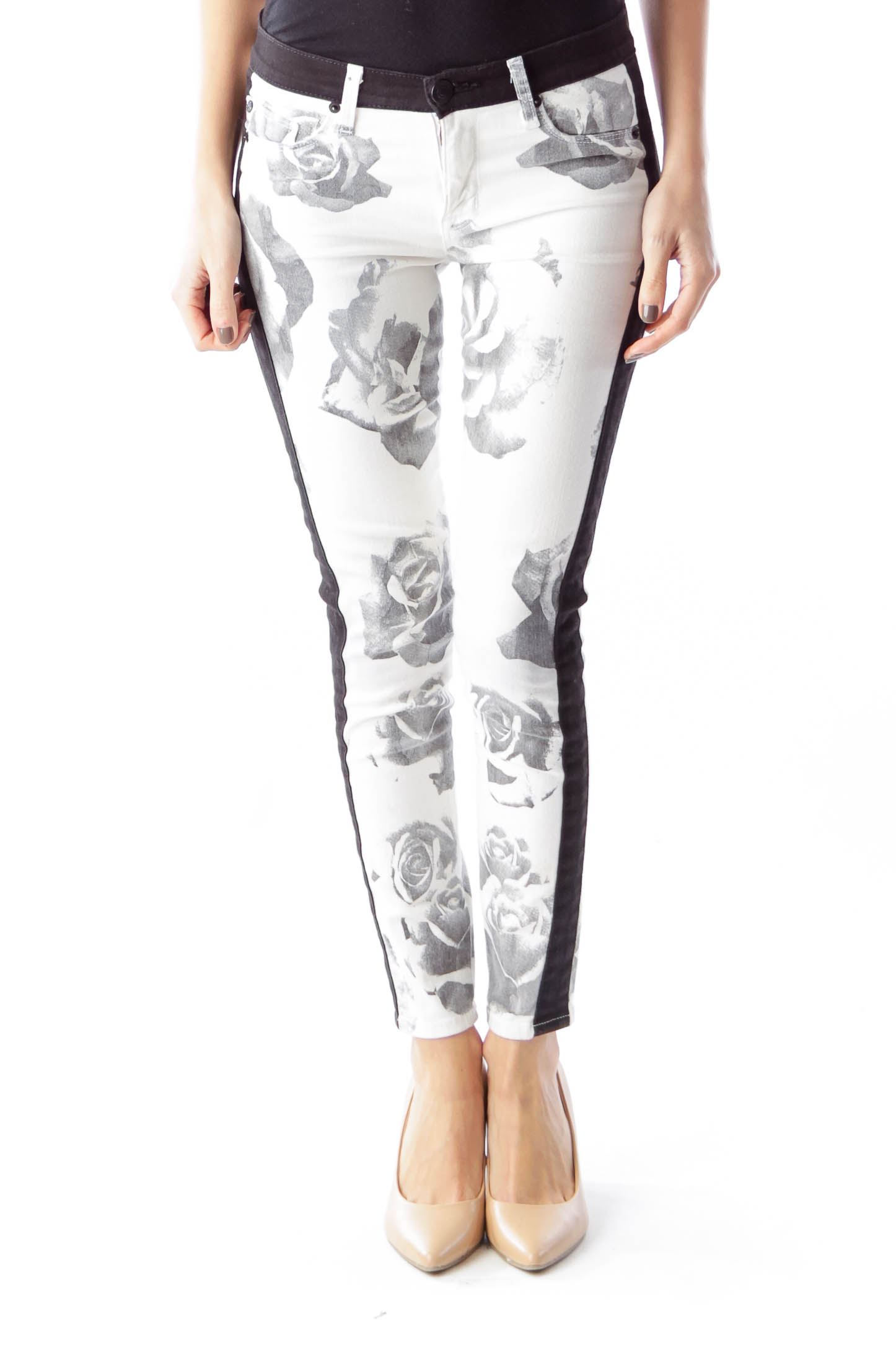 2019 year for lady- White and black floral skinny jeans