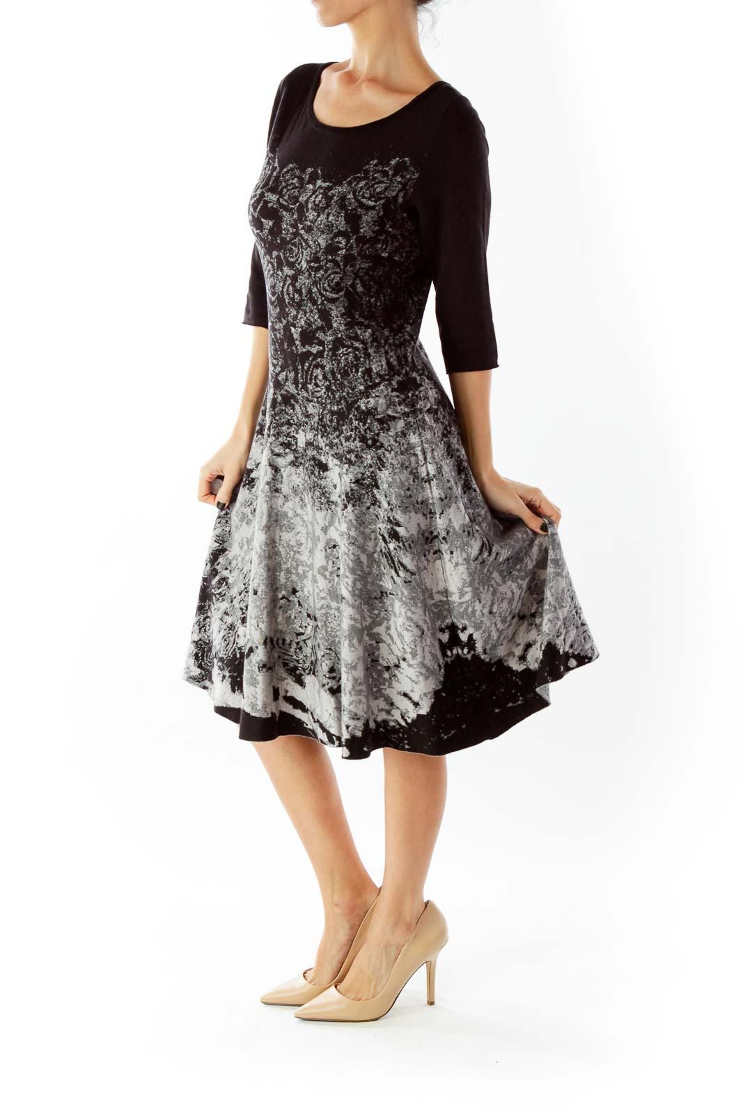 Black White Gray Floral Three Quarter Sleeve Knit Dress