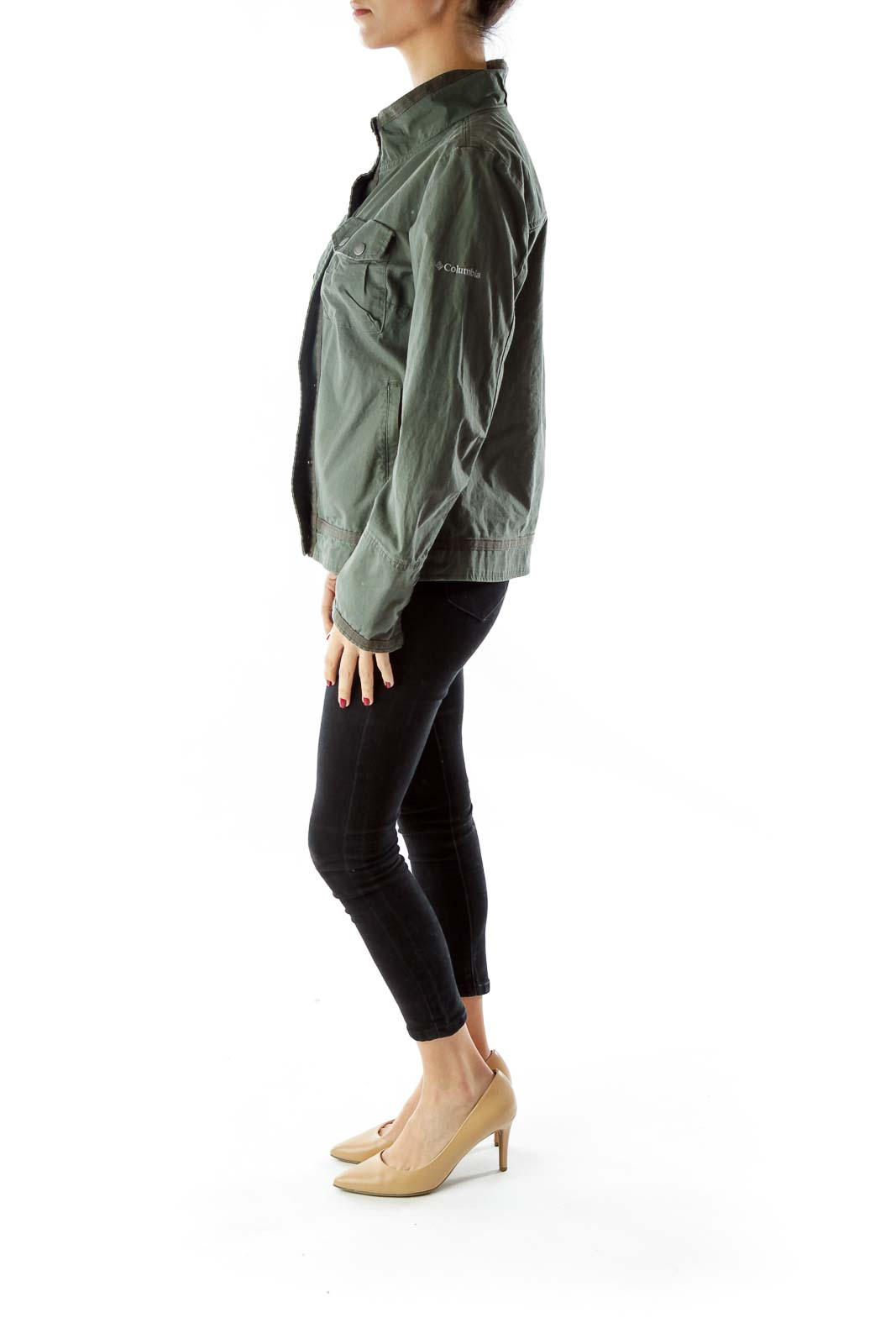 Green Pocketed Buttoned Fitted Jacket