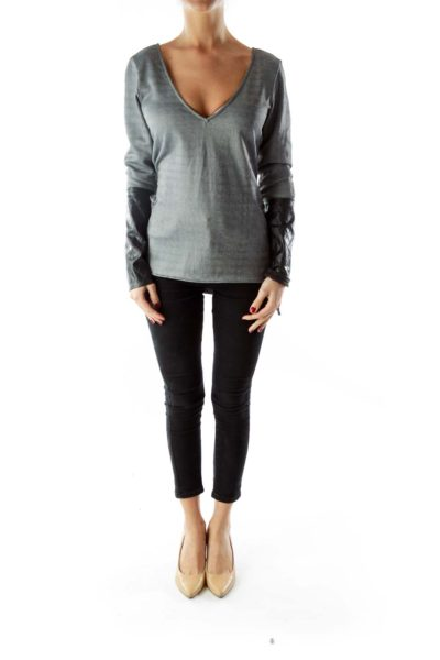 Gray V-neck long sleeve with black sleeve detailing