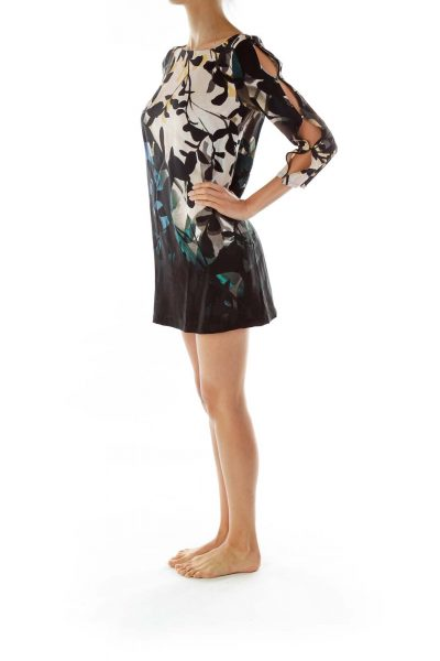 Black Multicolor Print Dress w/ slitted Sleeves