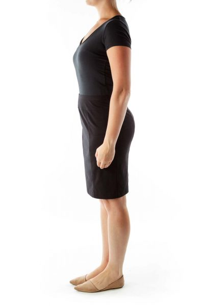 Black Fitted Pencil Skirt