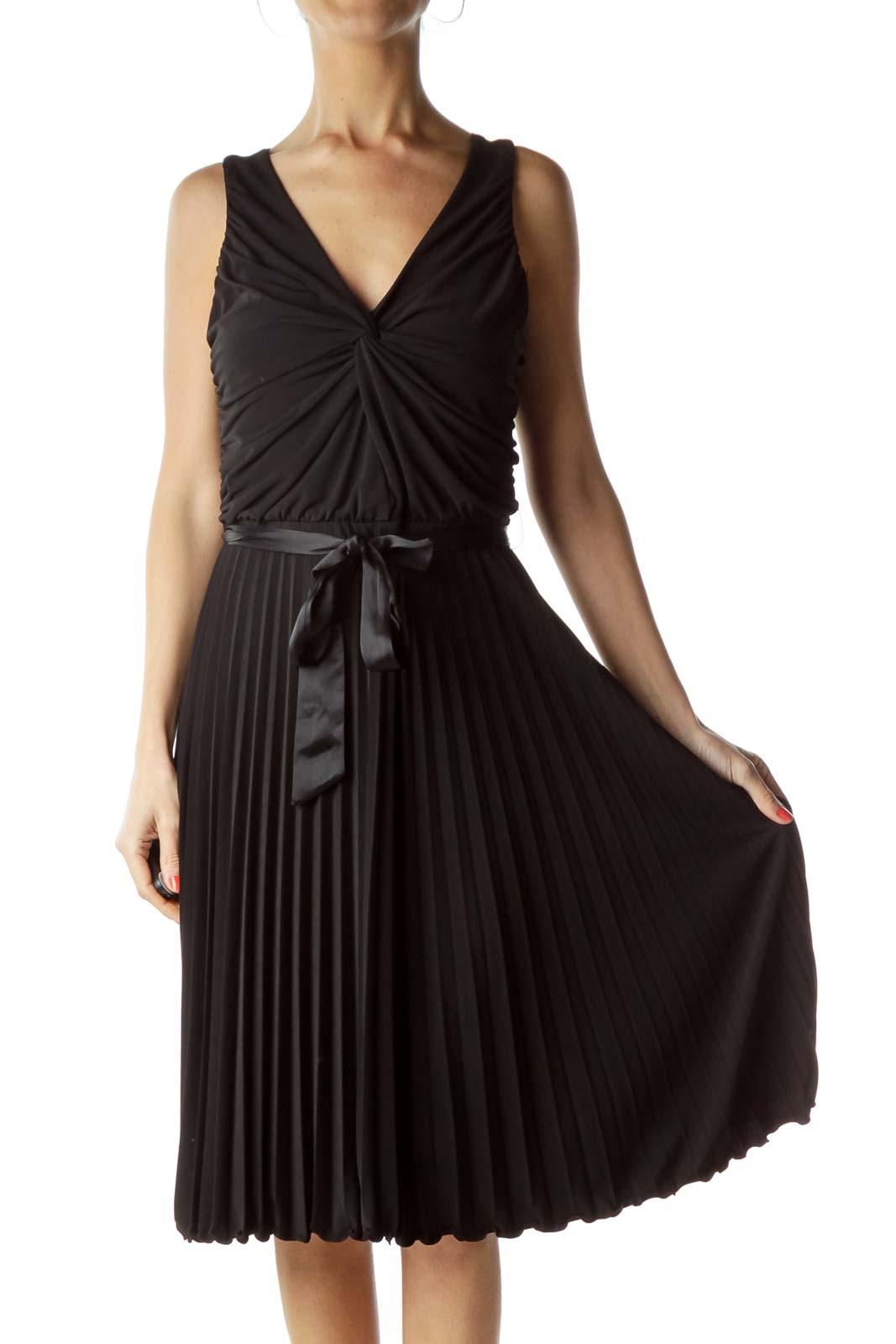 Black Pleated Sleeveless